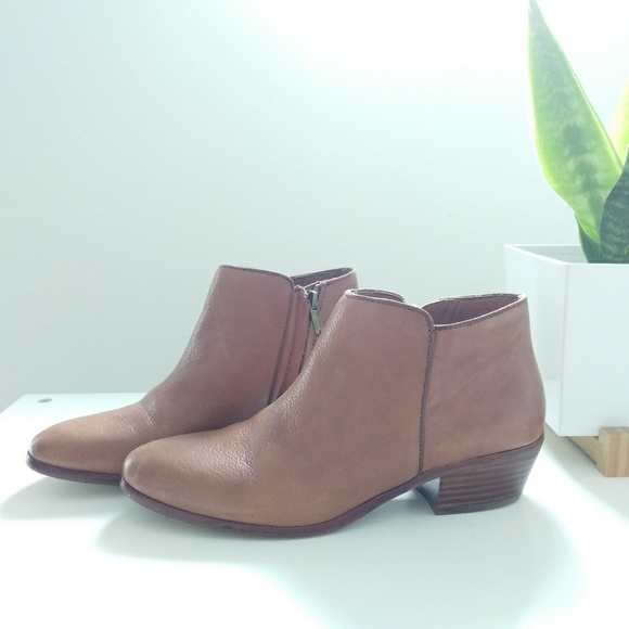 5b55bc4f599db4 Sam Edelman Petty brown saddle leather ankle boot.  M 5a8724b631a376148d07259f